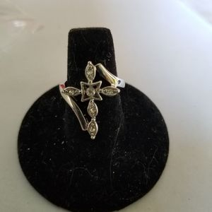 Jeweled cross ring #16